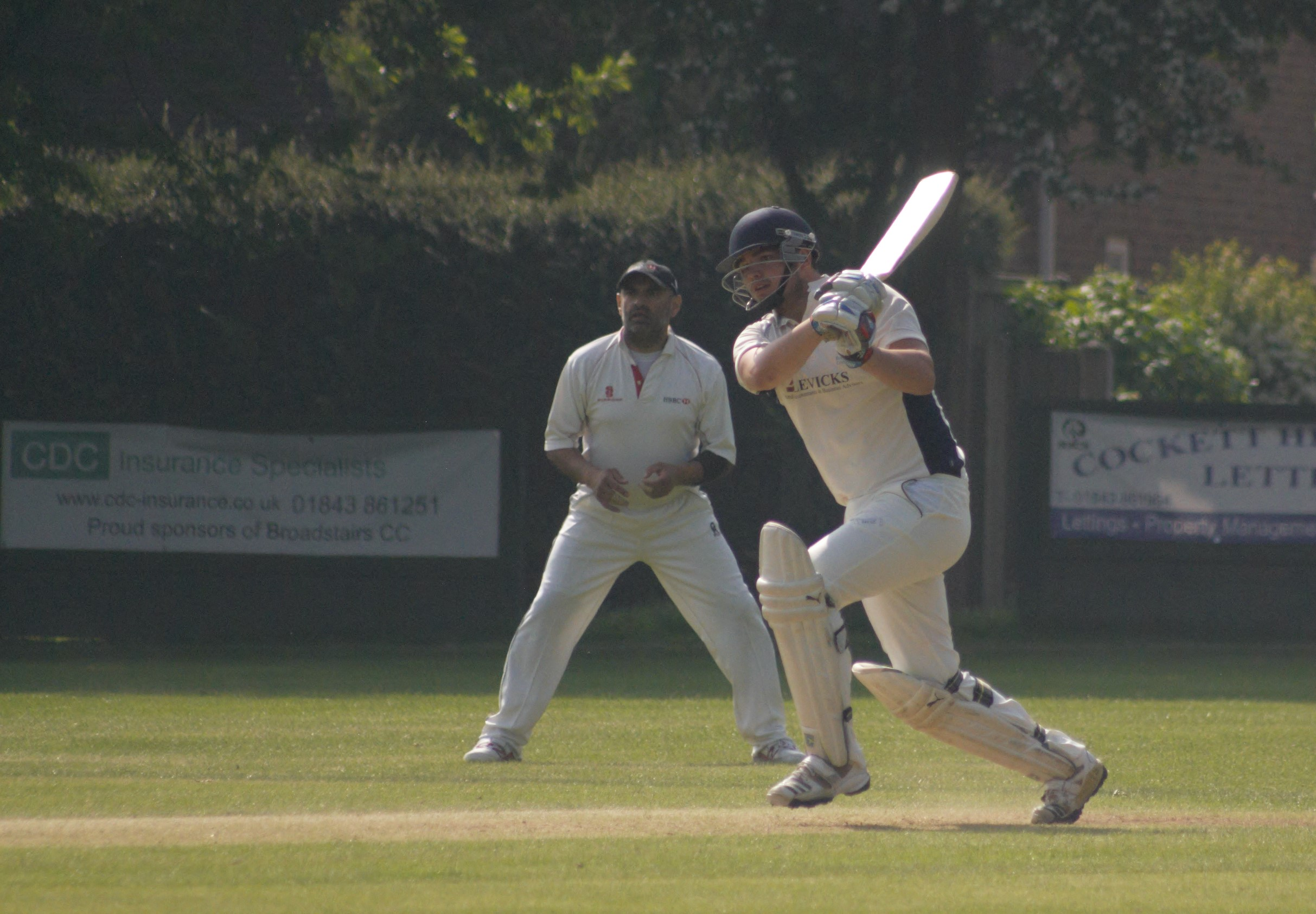 Double victory for 1st XI and 2nd XI