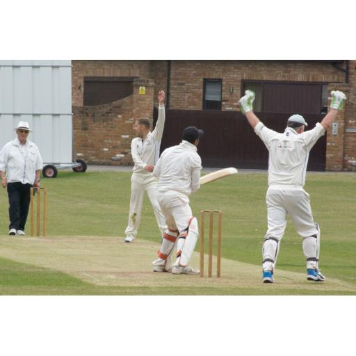 2nd XI back to winning ways as 1st XI suffer heavy defeat